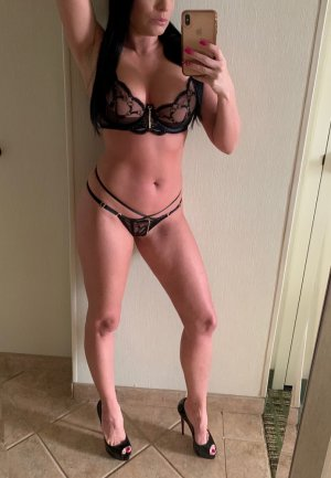 Janine incall escort in Portage