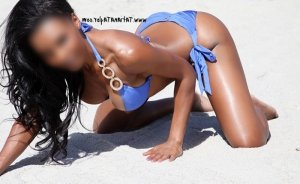 Hadija outcall escorts in Broomfield CO