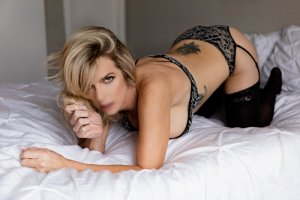 Maryannick escorts service in Ansonia